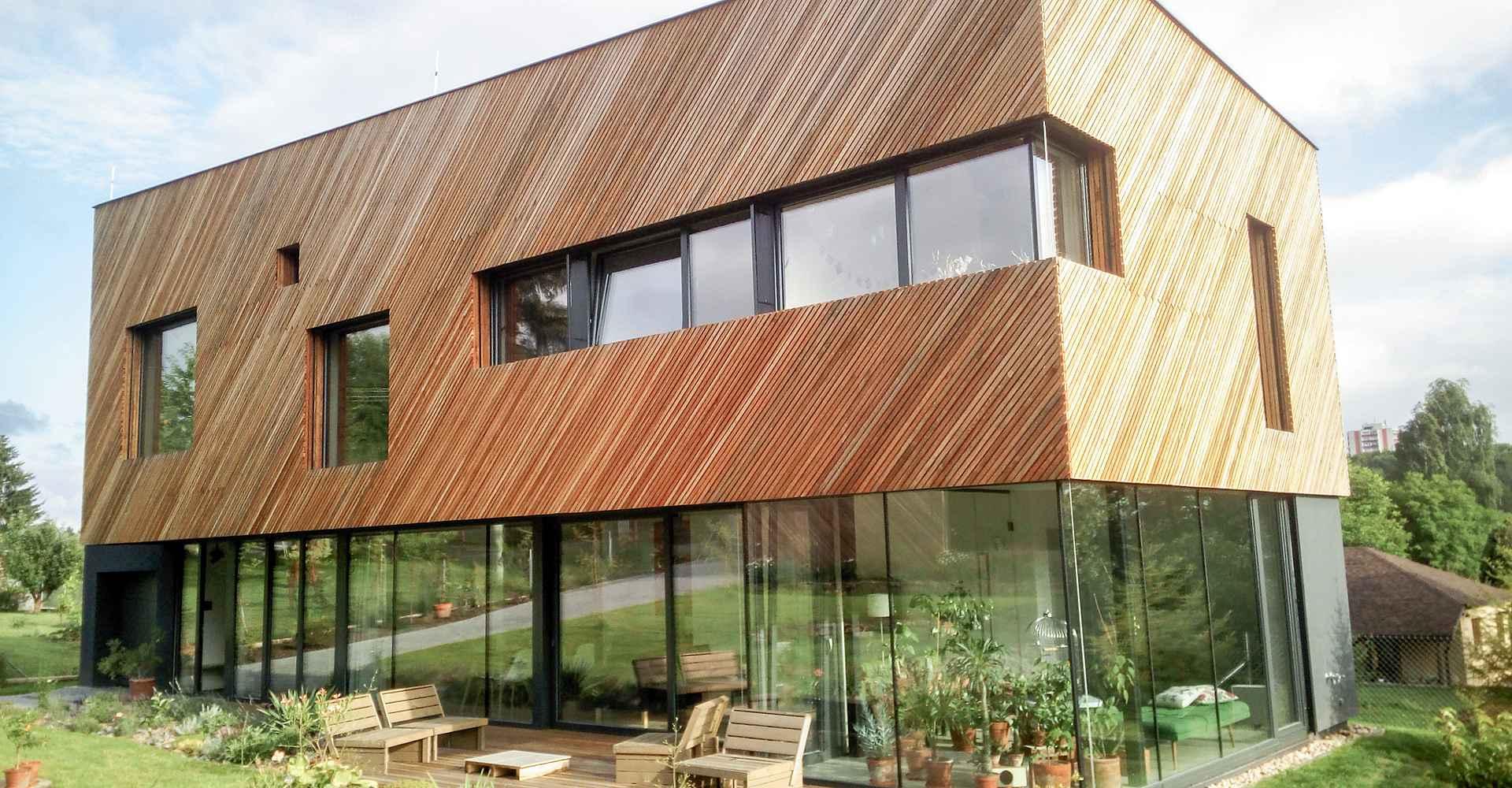 dřevěná fasáda, dřevěný obklad